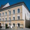 Braunau e la casa natale di Hitler: un'eredità pesante